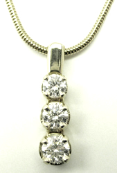 Jacques 18 Kt White Gold 3 Stone Diamond Pendant