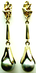 Jacques Designs 14 Kt Yellow Gold Black Pearl Dangling Earrings